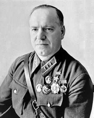 Жуков и Шойгу самые популярные военачальники